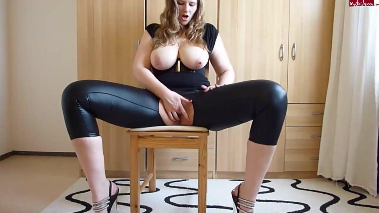 julia jones porno